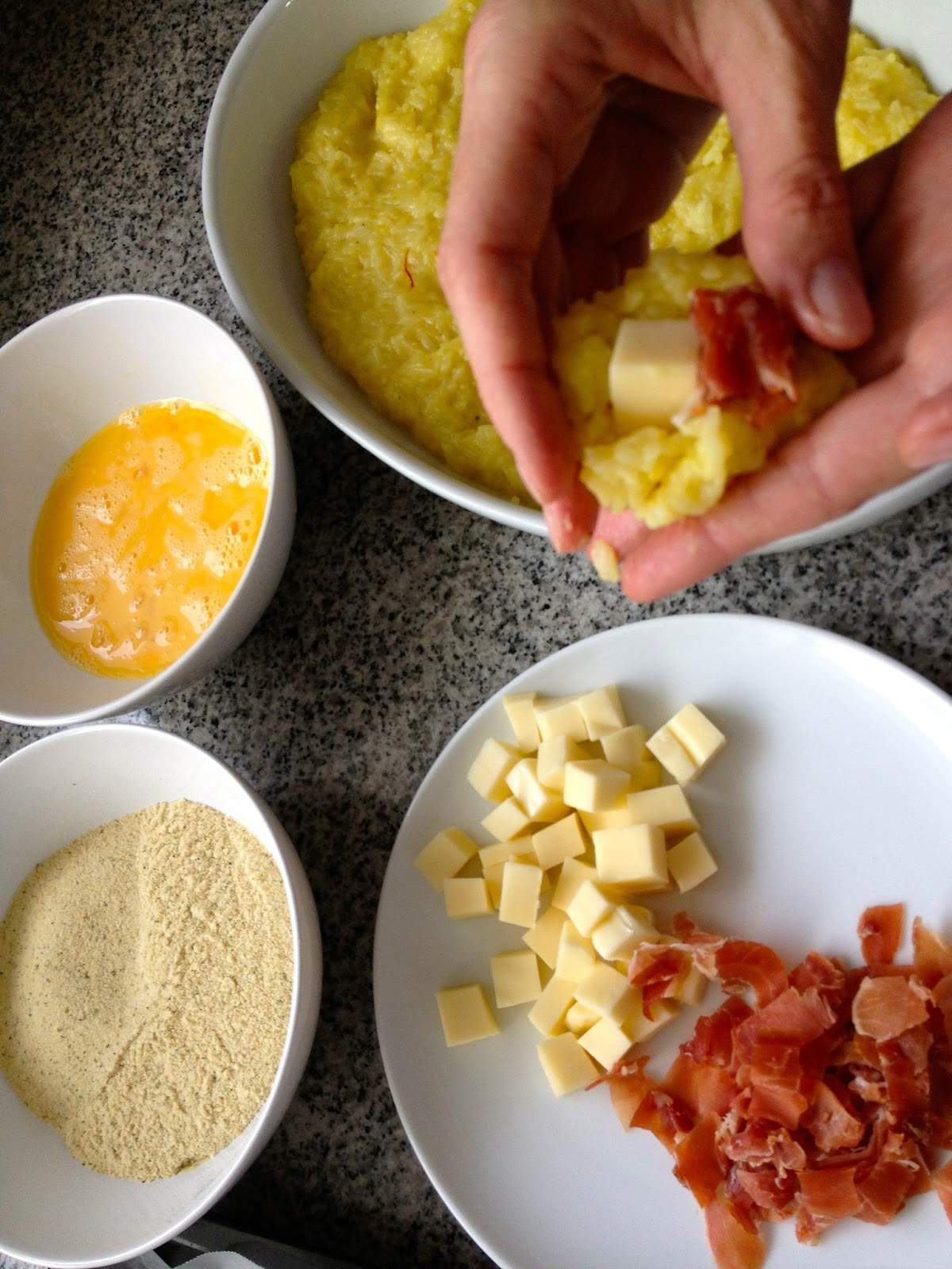 Croquetas de Risotto + Pesto de Tomates Secos - 07