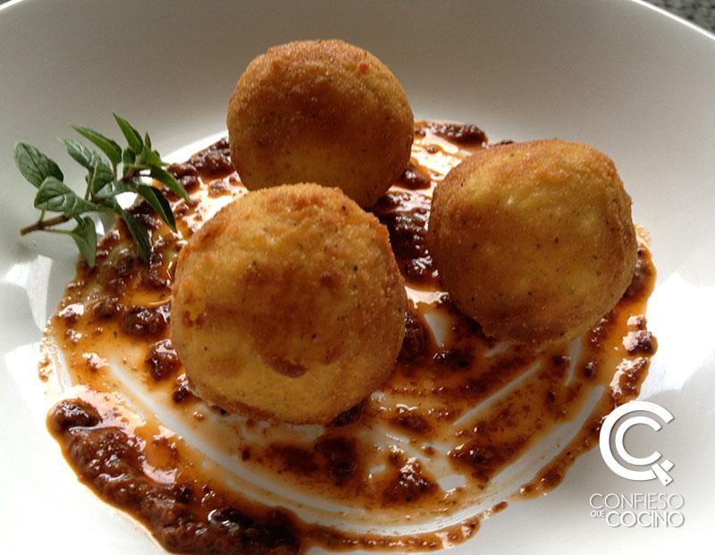 Croquetas de Risotto + Pesto de Tomates Secos