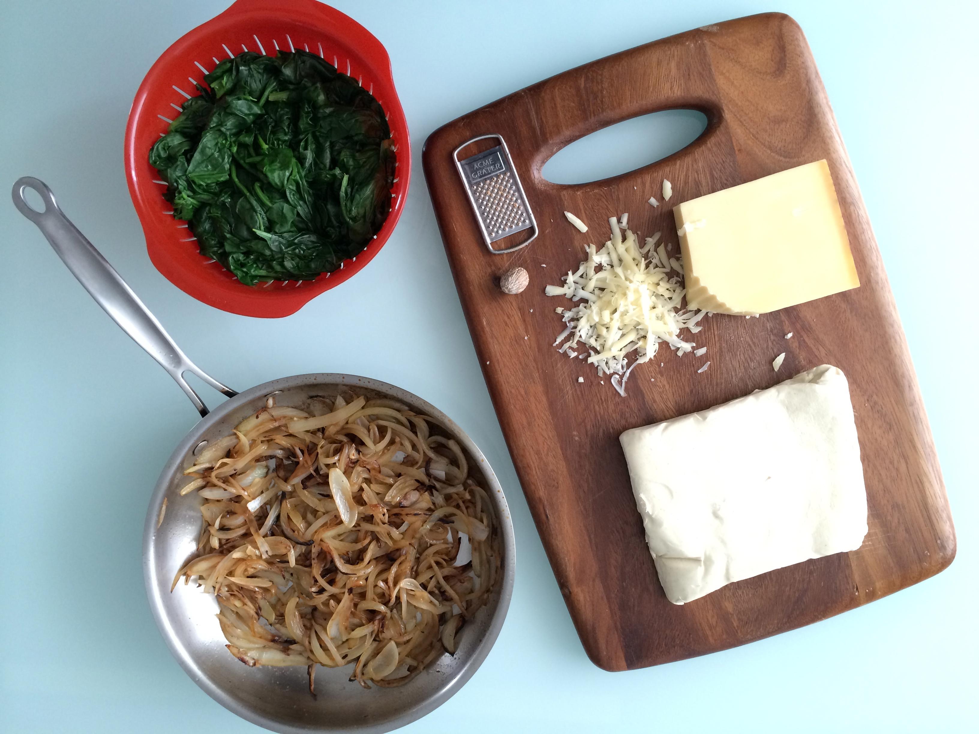 strudel-de-espinacas-cebollas-caramelizadas