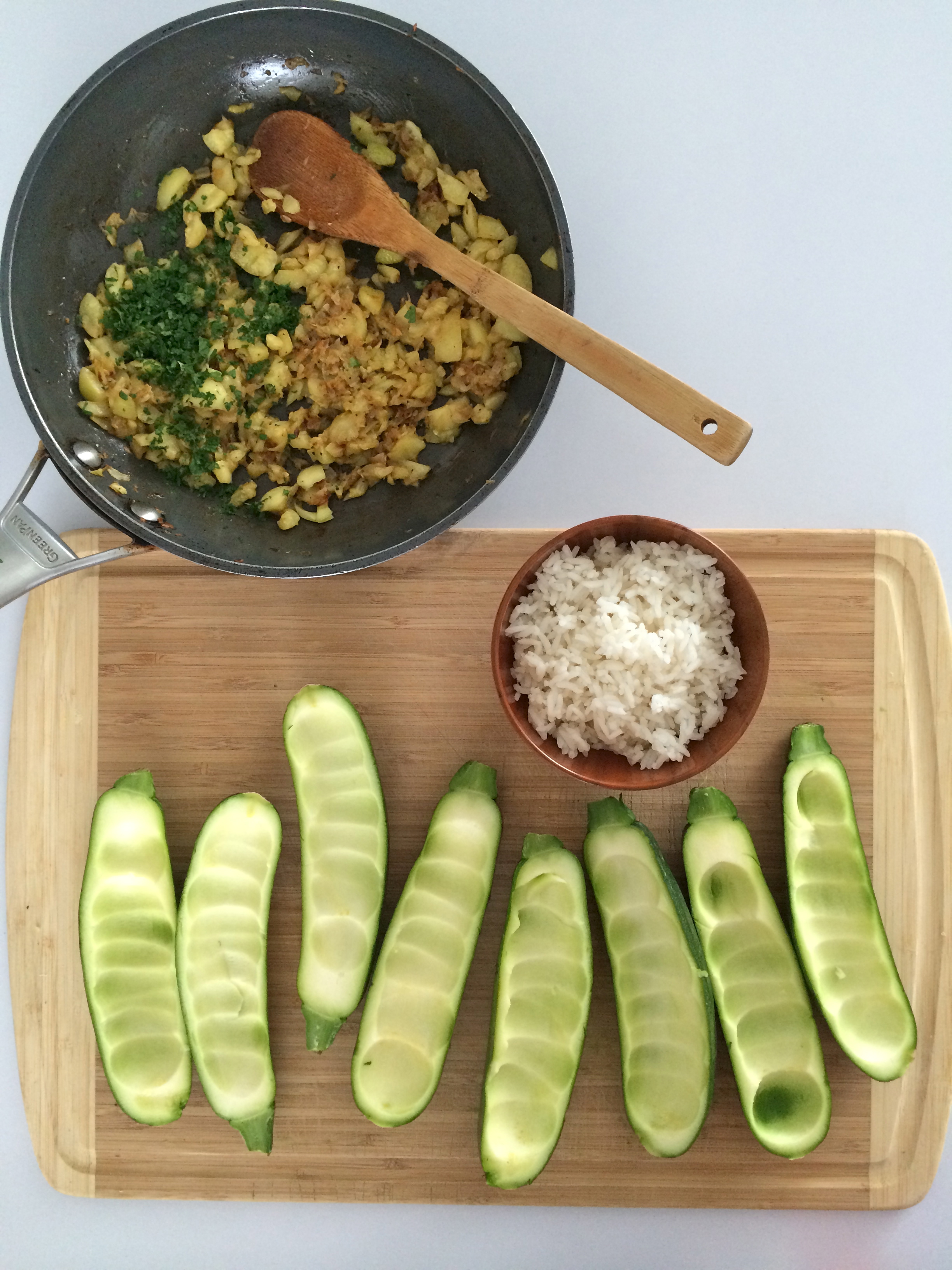 zucchinis rellenos (zapallitos italianos rellenos)