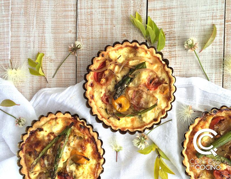 tarta de vegetales con ricotta y parmesano / tartaletas de sal