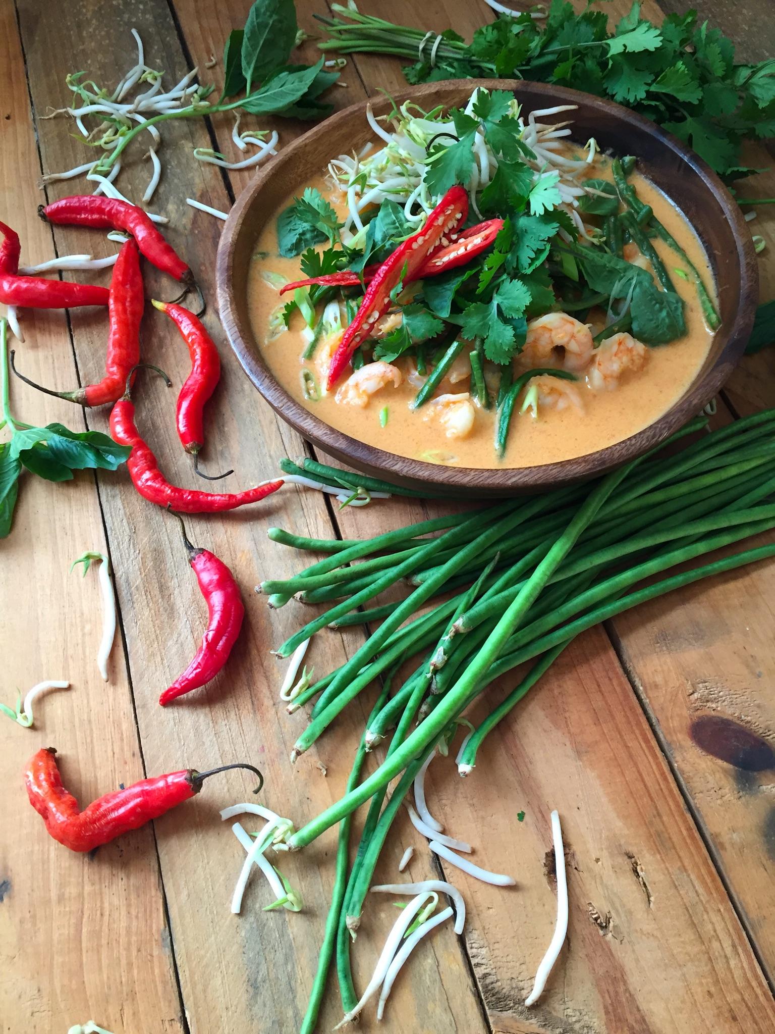 curry rojo de camarones estilo tailandes