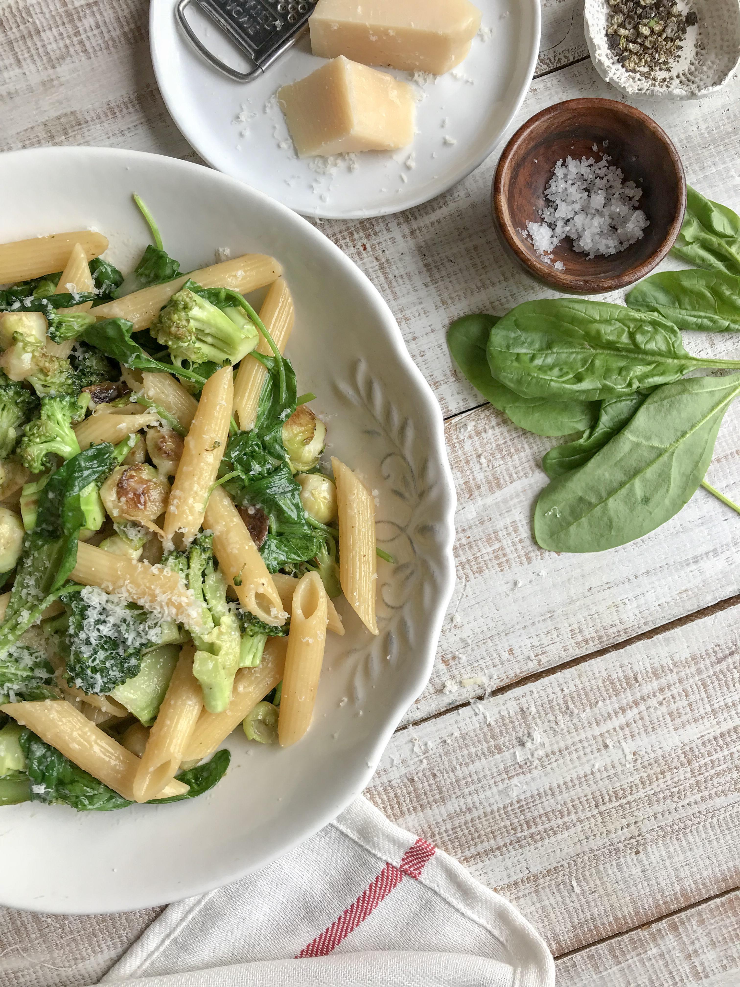 pasta con verduras salteadas