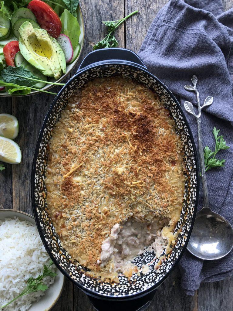 molde de atun con salsa blanca